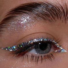 Edgy Makeup, Makeup Eye Looks, Eye Makeup Art, Cute Makeup, Pretty Makeup, Skin Makeup, Makeup Inspo, Makeup Inspiration, Blush Makeup