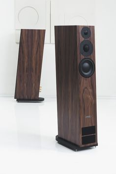The pinnacle of the legendary twenty series the twenty 26 features the same traits as its siblings - finesse delicacy and musicality - but with an High End Speakers, High End Hifi, Tower Speakers, Music Speakers, Hifi Speakers, Best Speakers, Bookshelf Speakers, High End Audio, Hifi Audio