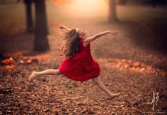 The cute enchanting photographs captured by Jake Olson, an award-winning photographer and graphic artist from Blair, Nebraska. Mostly self-taught in the