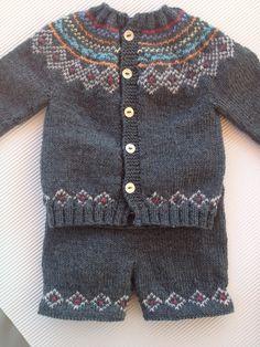 tutorial puntomoderno.com, pantalón de punto a dos agujas, baby pant, español and also english pattern Free Childrens Knitting Patterns, Fair Isle Knitting Patterns, Knitting For Kids, Baby Patterns, Baby Cardigan, Barn, Crochet, Sweaters, Tulum