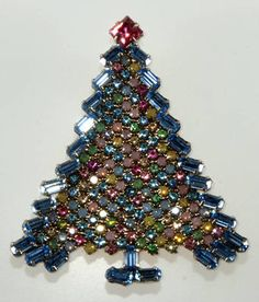 Dominique Pastel Christmas Tree Pin