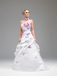 6ddab132e18 26 meilleures images du tableau robe de mariee