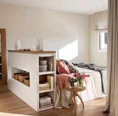 Pisos pequeños: 4 soluciones ingeniosas que multiplican los metros Cozy Bedroom, Dream Bedroom, Daybed Room, Ikea, Decorating Small Spaces, Interior Design Inspiration, Home Furnishings, Bedroom Furniture, Room Decor