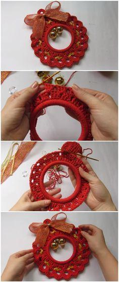 Crochet Wreath Christmas Ornament - New Ideas Crochet Christmas Wreath, Crochet Wreath, Crochet Christmas Decorations, Crochet Decoration, Crochet Ornaments, Christmas Crochet Patterns, Holiday Crochet, Xmas Ornaments, Crochet Crafts