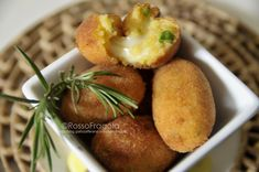 Crocchette di patate al curry - Rosso fragola http://blog.giallozafferano.it/myrossofragola/crocchette-di-patate-al-curry/