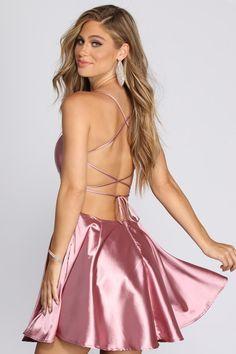 Dresses Short, Sexy Dresses, Dress Outfits, Fashion Dresses, Satin Mini Dress, Satin Gown, Satin Dresses, Elegant Party Dresses, Pretty Dresses
