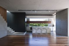 Surprising Modern Minimalist Interior Design Also Exterior Gallery Design Ideas Australian Interior Design, Interior Design Awards, Modern Home Interior Design, Minimalist Interior, Minimalist Home, Interior Architecture, Modern Tropical House, Modern Small House Design, Interior Minimalista