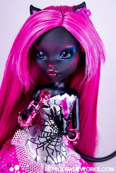 Monster High Custom Catty Noir Repaint