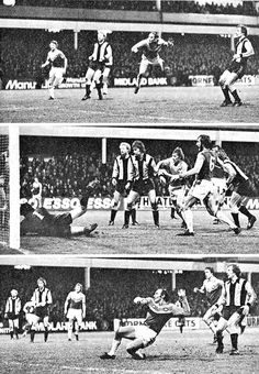 West Ham 5 Cambridge Utd 0 in Dec 1978 at Upton Park. Action from the 2nd Division clash.