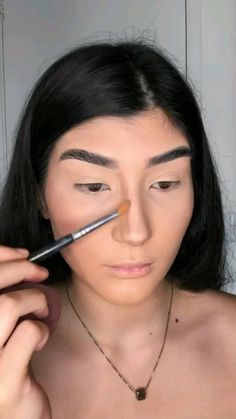 Face Contouring, Contouring And Highlighting, Just Beauty, Beauty Make Up, Makeup Makeover, Makeup Techniques, How To Make Hair, Skin Makeup, Hair Hacks