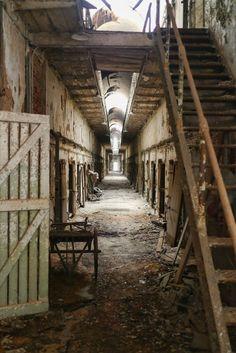 Eastern State Penitentiary Philadelphia PA   #abandoned #eastern #penitentiary #philadelphia