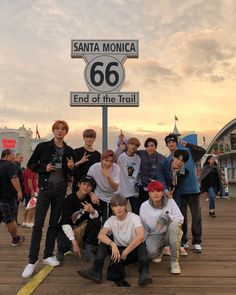 Find images and videos about kpop, nct and mark on We Heart It - the app to get lost in what you love. Lucas Nct, Nct 127, Nct Yuta, Jaehyun Nct, Nct Taeyong, Winwin, K Pop, Grupo Nct, Johnny Seo