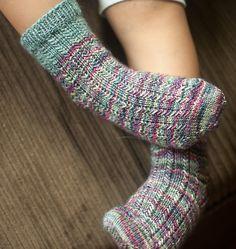 Modification Monday: Kiddo Charade Socks | knittedbliss.com