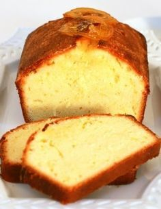 Lemon Pound Cake with Wild Blueberry Sauce __________________________ Tish Boyle Sweet Dreams Food Cakes, Cupcake Cakes, Mexican Food Recipes, Dessert Recipes, Rich Cake, Flavored Oils, Romanian Food, Pound Cake Recipes, Gastronomia
