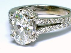 This is a nice, grown-up type of gal's diamond ring!  A-Plus!