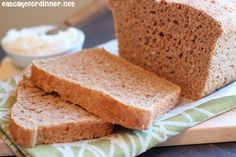 Great Harvest Honey Whole Wheat Bread Copycat - this is the BEST bread ever. and its all REAL food!!! Win!