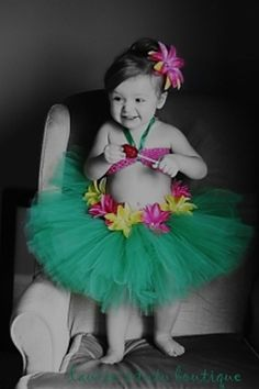 Tiny Tutu in - GREEN -  ( Big Pic )
