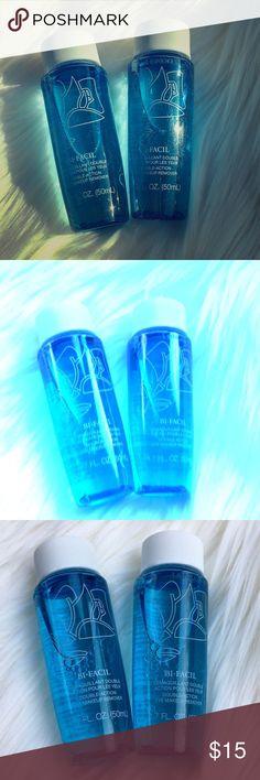 Lancome Bi-Facil Eye Makeup Remover 🌺Lancome Bi-Facil Double-Action Eye Makeup Remover 🌺 🌺 2 for $15 ✈️ Great for travel! 1.7 FL OZ ✈️ Lancome Makeup Brushes & Tools