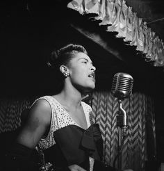 Billie Holiday nel 1947