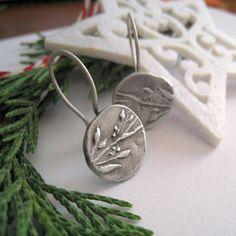 Love.  Olive Branche Motif Sterling Silver Dangle Earrings by applenamedD, €60.00