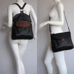 Artículos similares a BM3 negro doble usar messenger / mochila con detalles marrón, UPCYCLED cuero en Etsy