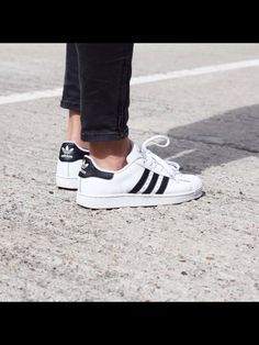 Adidas, superstar