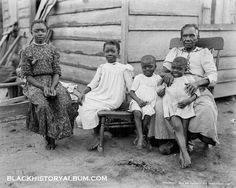 Black slaves in the south (U.S.A.)