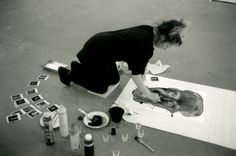Marlene Dumas aan het werk in haar atelier. Marlene Dumas, Art Photography Portrait, Artistic Photography, Dutch Artists, Great Artists, Women Artist, Traditional Paintings, Art Plastique, Art Studios