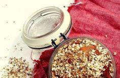 Wat hebben jullie vanmorgen gegeten? Deze zelfgemaakte suiker- en glutenvrije muesli is heeeeerlijk! http://www.our-food.nl/recepten-2/glutenvrij/zelfgemaakte-gluten-suikervrije-muesli/