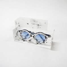 "[Eyewear] 3D model by Azzahra Deaviera ""Marble Framed Sunglasses"" (batch 2014, UPH Product Design)"