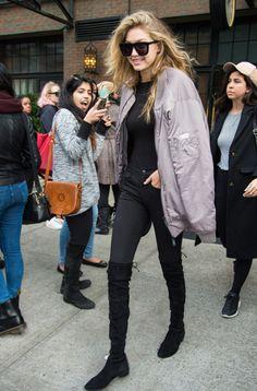 Cambia la 'blazer' por la bomber: copia el 'look' de Gigi Hadid | yodona | EL MUNDO