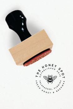 Custom stamp logo - Minimalist Logo Two Custom Rubber Stamp – Custom stamp logo Kraft Packaging, Packaging Design, Branding Design, Packaging Ideas, Business Logo Design, Custom Packaging, Custom Logo Design, Custom Logos, Clothing Logo Design