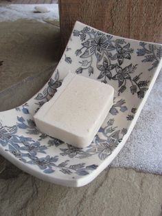 This lovely ceramic soap dish works really well with a taupe colour scheme. Ceramic Soap Dish, Ceramic Clay, Ceramic Plates, Soap Dishes, Slab Pottery, Ceramic Pottery, Pottery Art, Ceramics Projects, Clay Projects