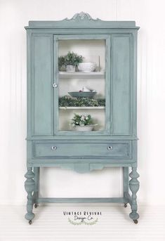 furniture flipping Vintage China Cabinet author:Trish Burrell Number of guests: I Painting Wooden Furniture, Refurbished Furniture, Repurposed Furniture, Shabby Chic Furniture, Rustic Furniture, Furniture Makeover, Antique Furniture, Cool Furniture, Modern Furniture