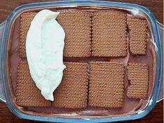 Mach dir eine Schokoladen-Lasagne und alle Sorgen sind vergessen! Das beste daran? Absolut schokoladig und ruckzuck fertig!
