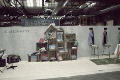 vintage rustic tradeshow idea