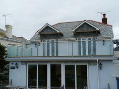 flat roof balcony design