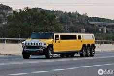Hummer H2 8 Wheeler Super Stretched Limousine 2