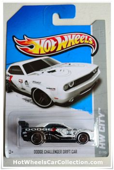 2013 Hot Wheels Treasure Hunt Dodge Challenger Drift Car (K case)
