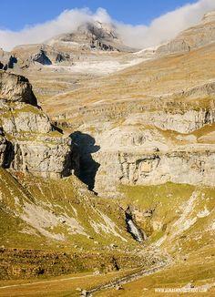 Ordesa - Senda de Cazadores y Faja Pelay Huesca Pirineo Aragones. Spain