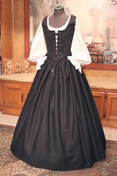 Renaissance Pirate Wench Bodice and Skirt Halloween by fairefinery