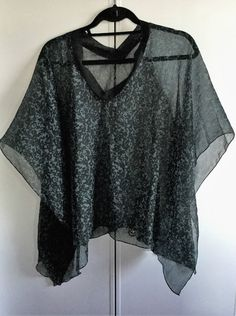 BEACH COVER UP WEAR OVER BATHING SUIT/TANK TOP SHEER PONCHO/ TUNIC ONE SIZE,NWOT #Kavita2 #croppedponcho #casualeveningresortcruise