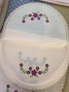 Cross Stitch Embroidery, Hand Embroidery, Cross Stitch Borders, Elsa, Diy And Crafts, Projects To Try, Sewing, Handmade, Butterfly Cross Stitch