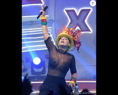 Xuxa usou blusa transparente com aplicações no busto em seu show no  Vivo Rio, no Aterro do Flamengo, Zona Sul do Rio, no dia 22 de outubro de 2016