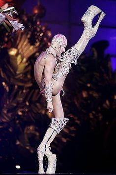 drag queen - crazy shoes!!!!