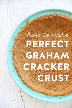There is nothing quite like a buttery homemade graham cracker crust. The filling options are endless, from cream pies to ice cream, to no-bake cheesecakes. You can pop just about anything in a graham cracker crust. We have lots of pie recipes involving Homemade Graham Cracker Crust, Graham Cracker Recipes, Grahm Cracker Crust Recipe, Köstliche Desserts, Delicious Desserts, Dessert Recipes, Layered Desserts, Yummy Recipes, Yummy Food