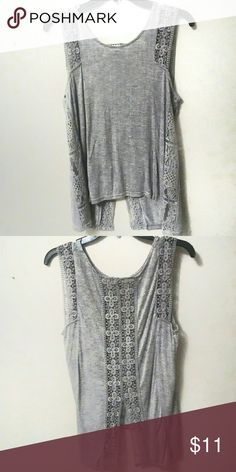 🎃 SALE: Oct 1---> 13 🎃 Heather Gray Tank Meet Heather: She's in good condition. Her only flaw is she has a stain on her back left. It shouldn't be too hard to get out as it appears to be a BBQ sauce. (Picture uploading ASAP!) Eyeshadow Tops Tank Tops