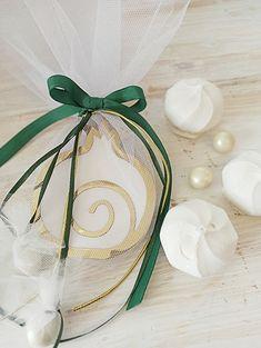 Δι Ευχών Μπομπονιέρες www.gamosorganosi.gr Gift Wrapping, Gifts, Gift Wrapping Paper, Presents, Wrapping Gifts, Favors, Gift Packaging, Gift