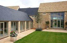 Airtight Eco-Friendly Home With Spa, Cinema and Solar Park | Home Interior Design Themes