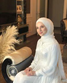Turkish Wedding Dress, Muslim Wedding Gown, Muslimah Wedding Dress, Hijab Wedding Dresses, Muslim Wedding Dresses, Muslim Brides, Dream Wedding Dresses, Bridal Dresses, Hijab Dress Party